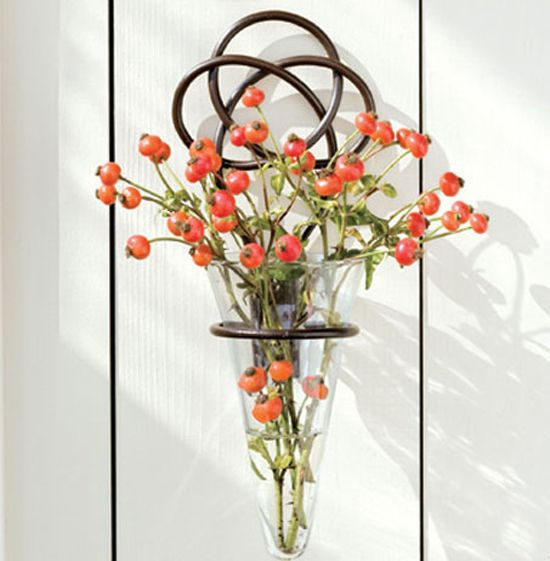 This Graceful Wrought Iron Knot Vase Is Simplistic Yet Stunning The Flared Cone Vase Beautifully Holds A B Wall Flower Vases Hanging Wall Vase Wall Vase Decor