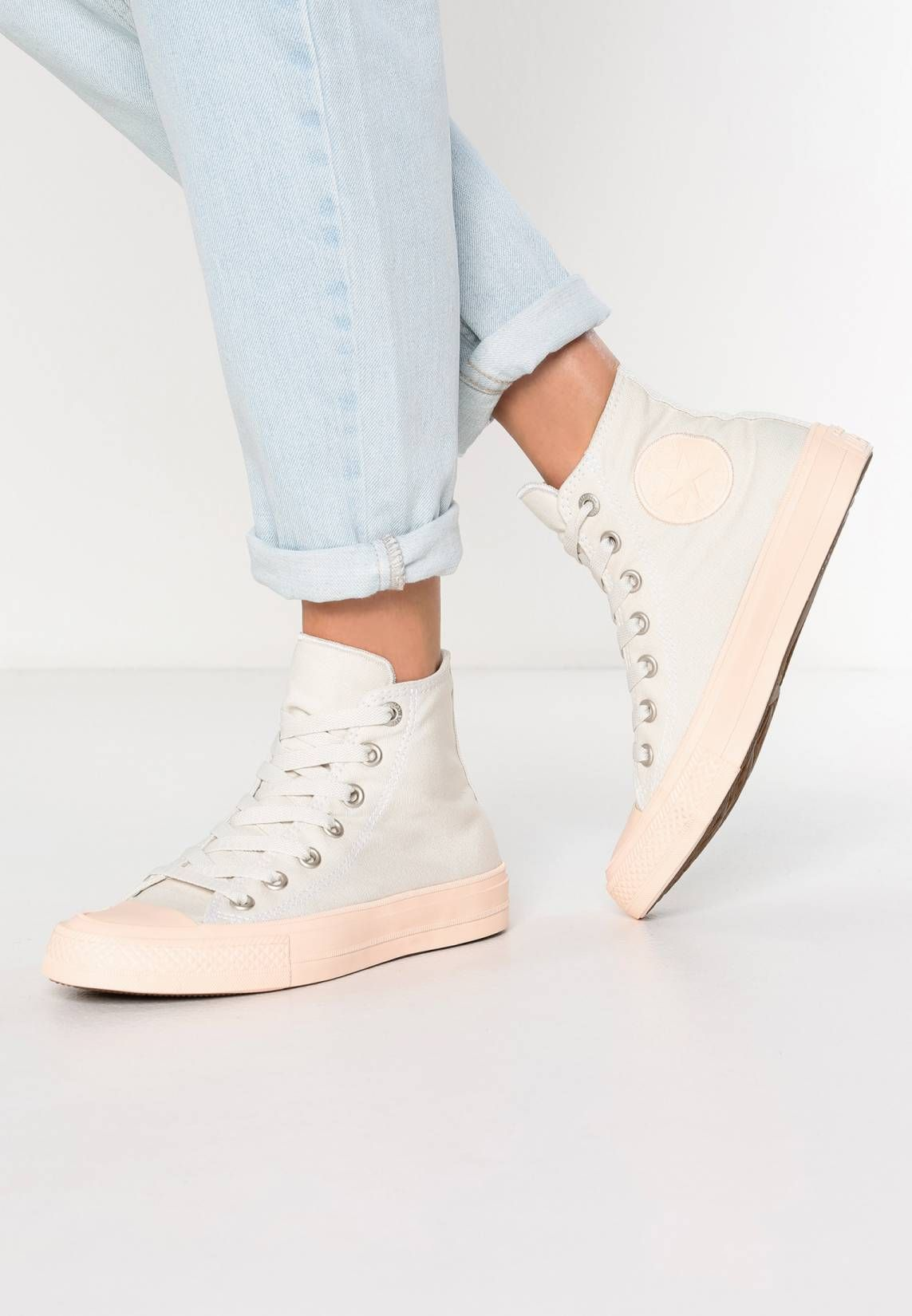 innovative design 6248d 516db Converse. CHUCK TAYLOR ALL STAR II - High-top trainers - buff barely