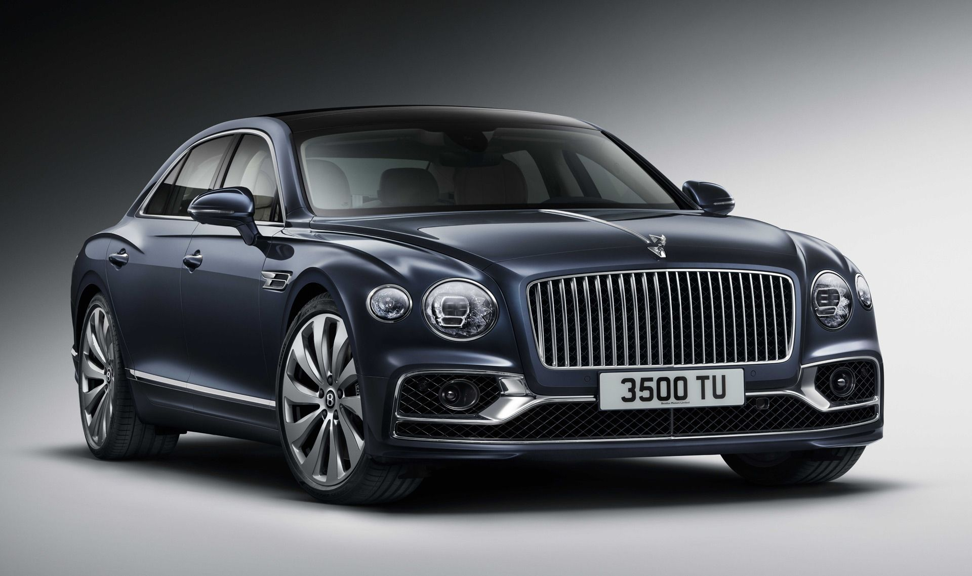 Bentley S New Flying Spur Is A Much Sharper More Dynamic Sedan Than Its Predecessor Bentley Flying Spur Flying Spur Bentley