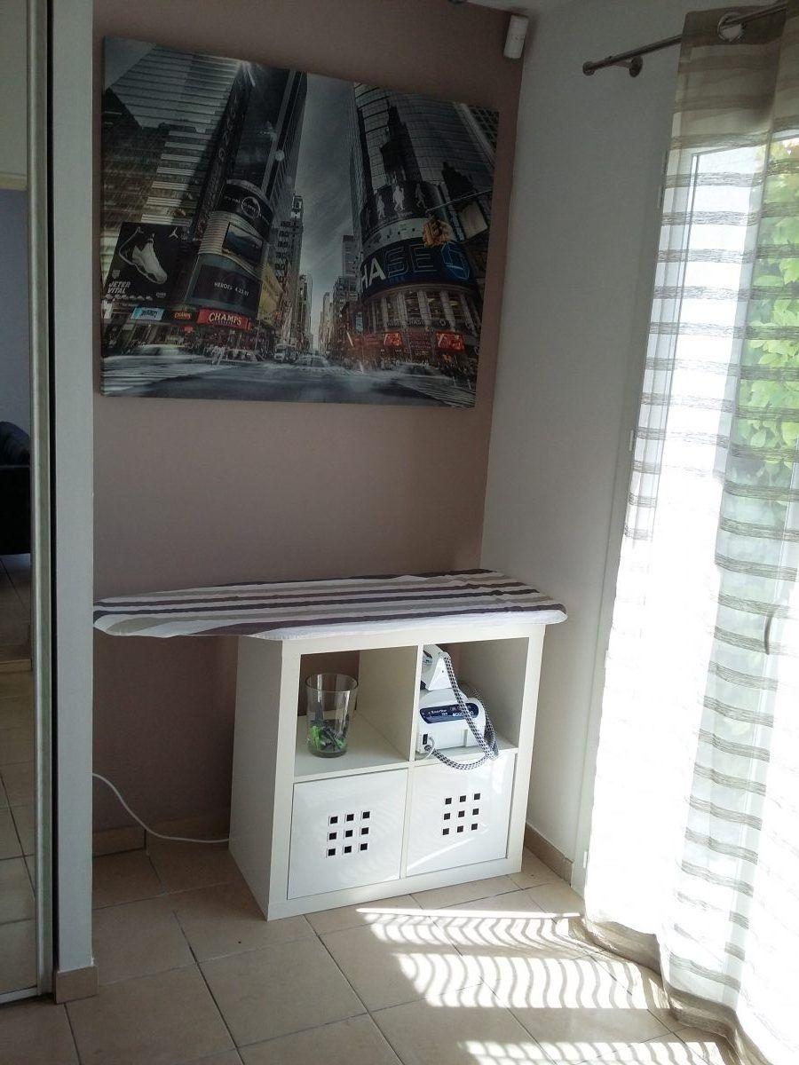 kit de repassage avec kallax bidouilles ikea pinterest kallax meuble kallax et repassage. Black Bedroom Furniture Sets. Home Design Ideas