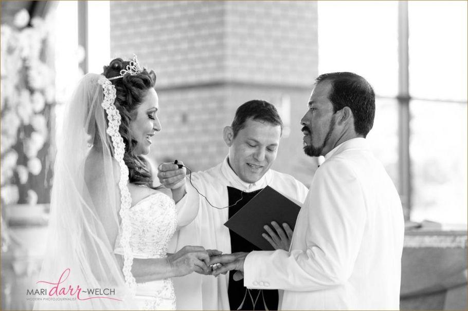 Mari Darr~Welch: Modern Photojournalist | Navarre Beach, Fl Wedding Photographer | Destination Wedding Photographer |  florida panhandle | Documentary Wedding Photographer |  www.maridarrwelch.com