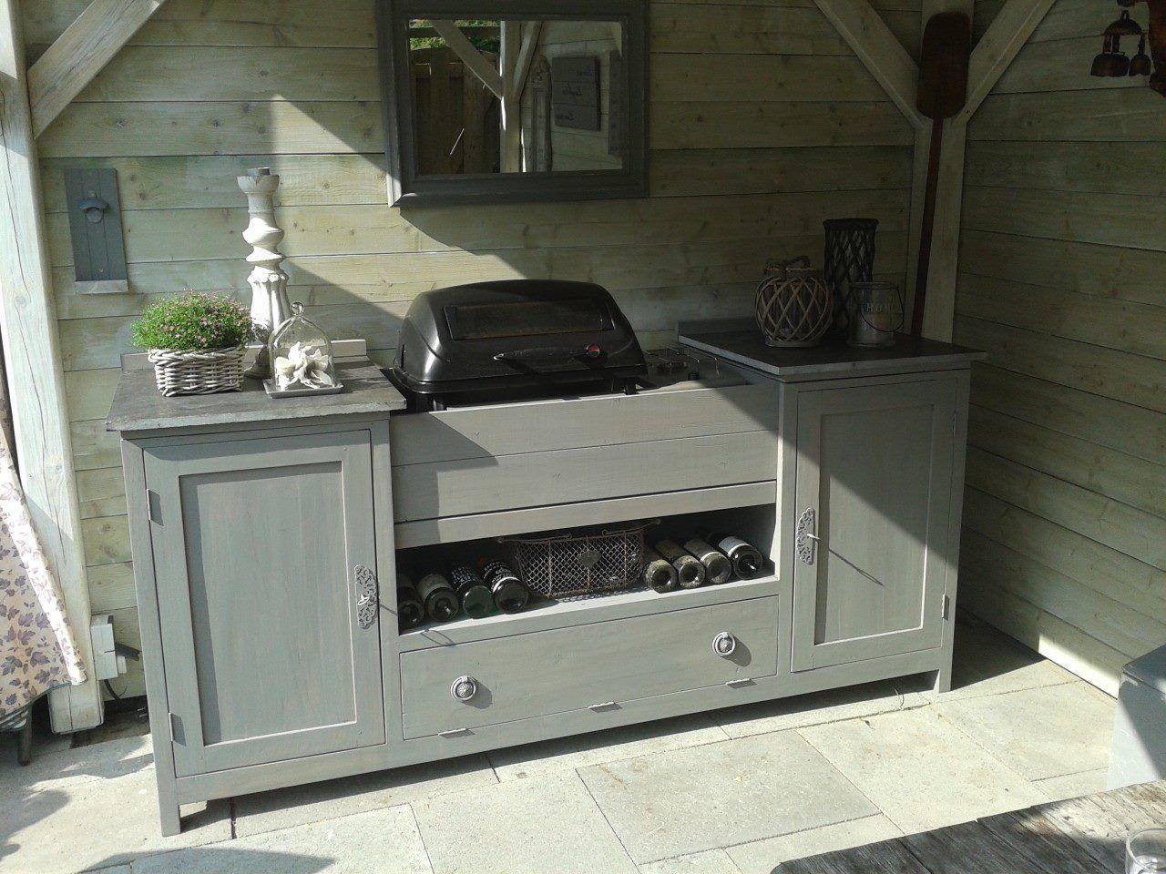Teak tv dressoir uit de kringloop omgebouwd tot buitenkeuken afgewerkt met een wash van - Een dressoir keuken ...