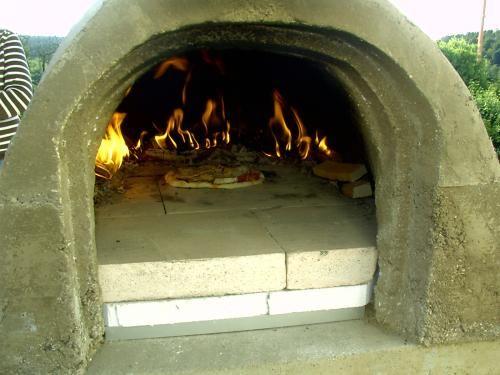 Pizzaofen Für Den Garten Selbst Bauen | Gartenideen | Pinterest ... Holzofen Im Garten Grill Pizzaofen Kamin