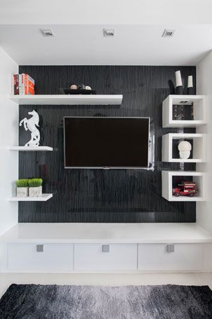 Instead Of A Bulky Tv Stand Or Cabinet You Can Also Opt To Mount A Flat Screen Tv On An Enterta Small Apartment Interior Small Living Room Design Small Spaces
