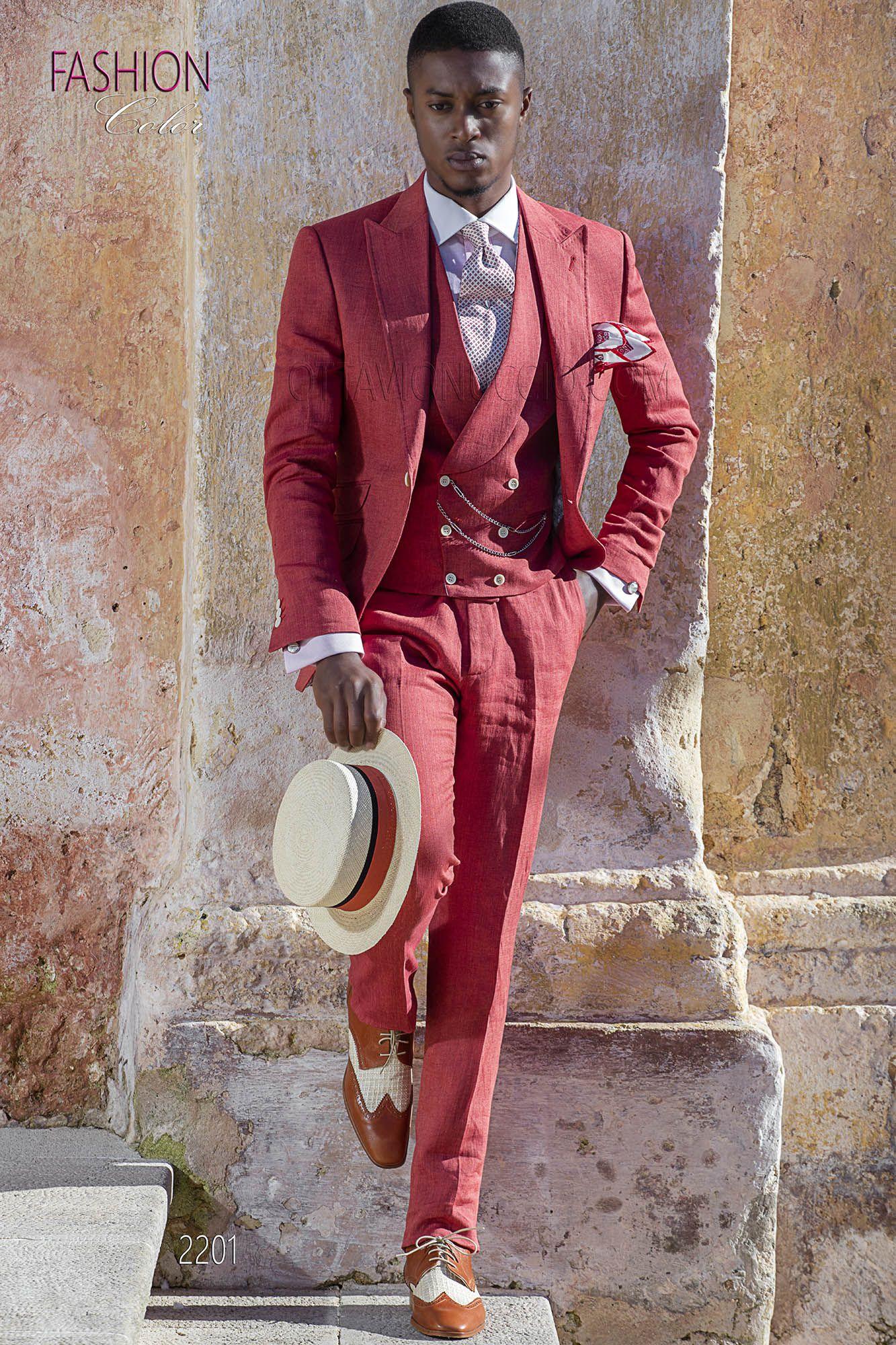 21cae148c3 Abito per cerimonie estive da uomo in puro lino rosso. Completo ...