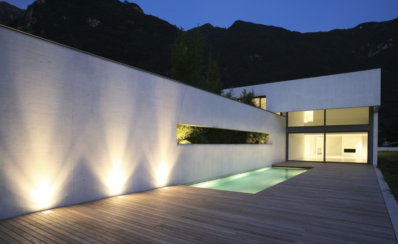 Mini Pools Im Trend Piscine Reussie Com Deckbeleuchtung Aussengestaltung Beleuchtung