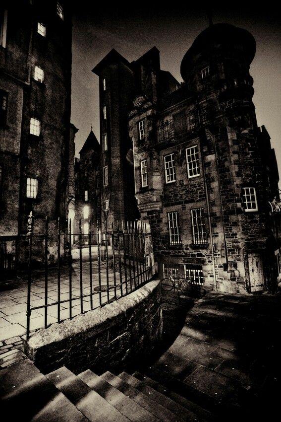 #dark #city #night