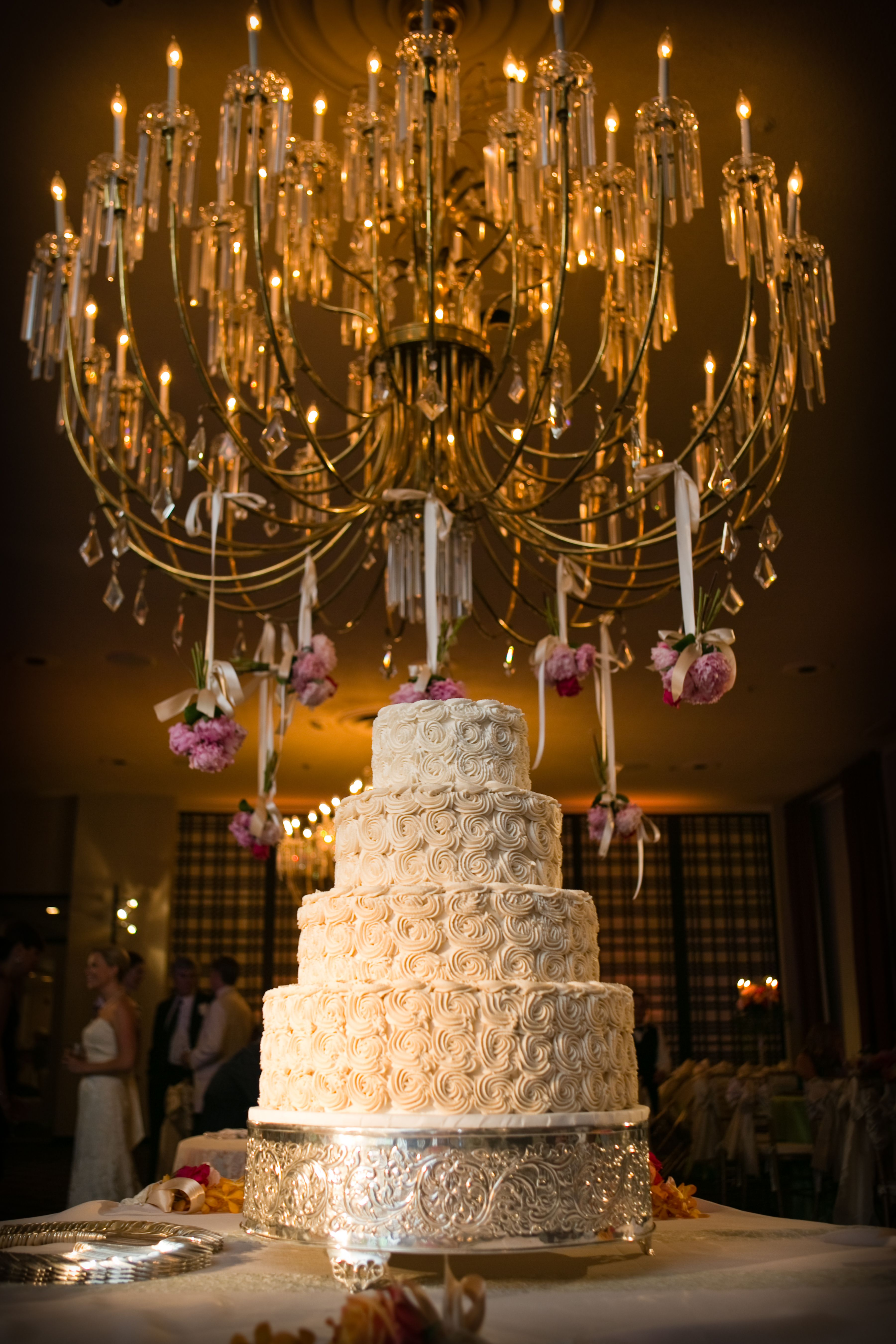 Rosette Wedding Cake by Creme de la Creme in Fort Worth