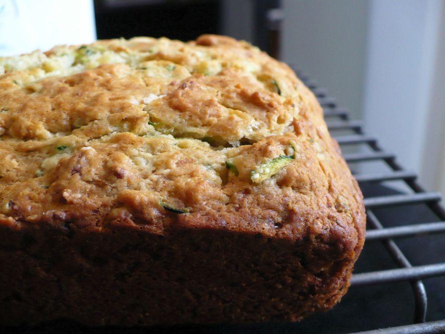 zucchinibread 002