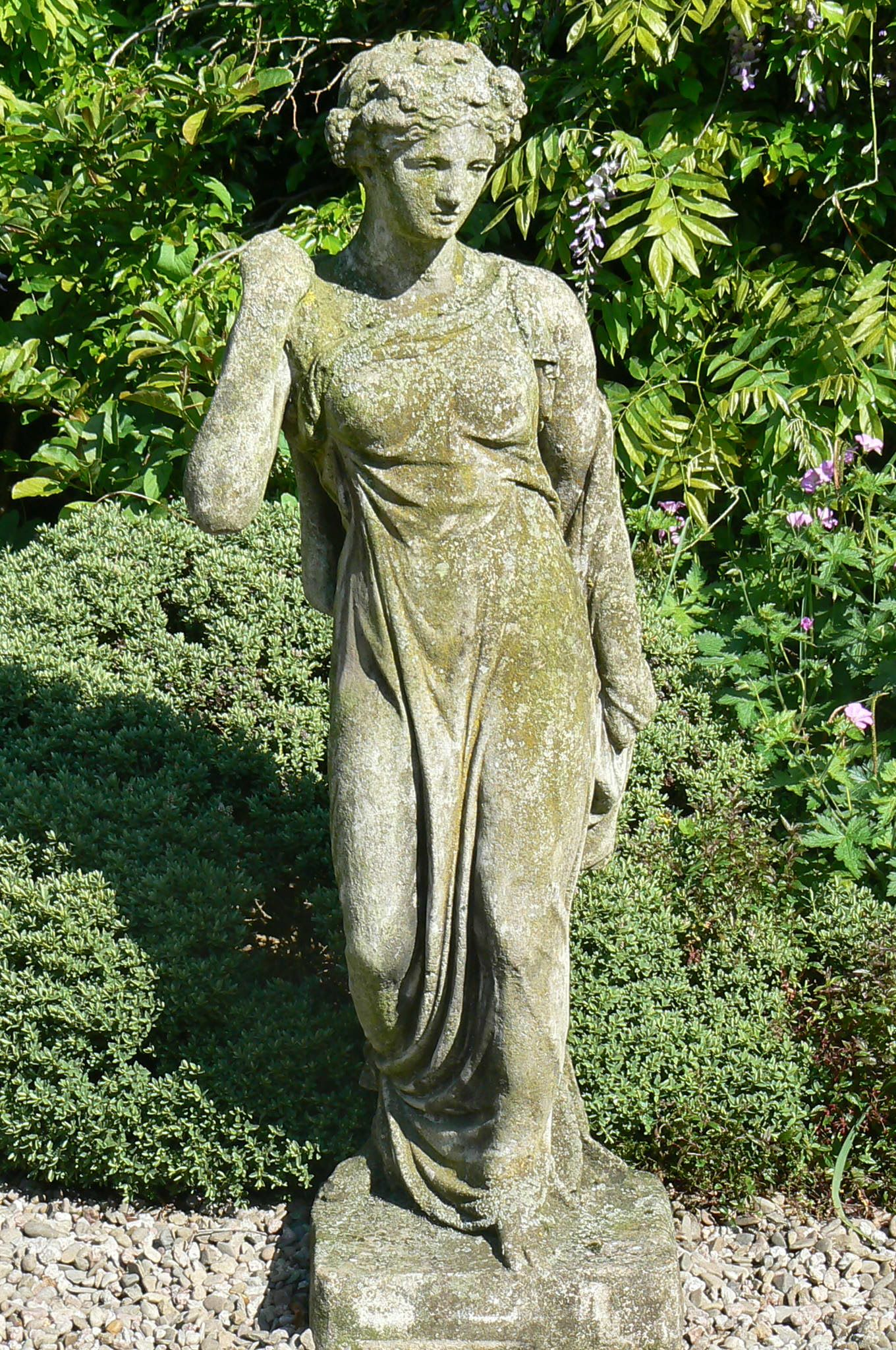 Charmant Old Garden Statues Www.hollowaysgardenantiques.co.uk