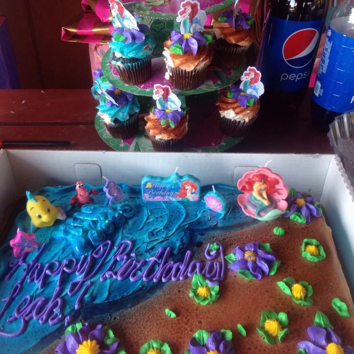 Incredible Ariel Cake And Cupcakes Spend 30 On The Cake From Bjs Themed Funny Birthday Cards Online Overcheapnameinfo