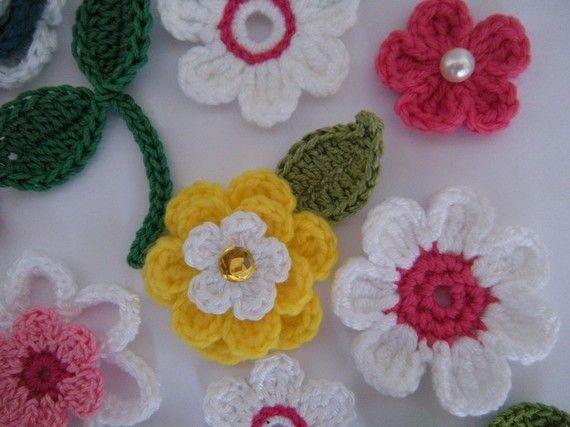 Crochet Flower Applique Patterns 10 Flowers 2 Leaves 1 Heart