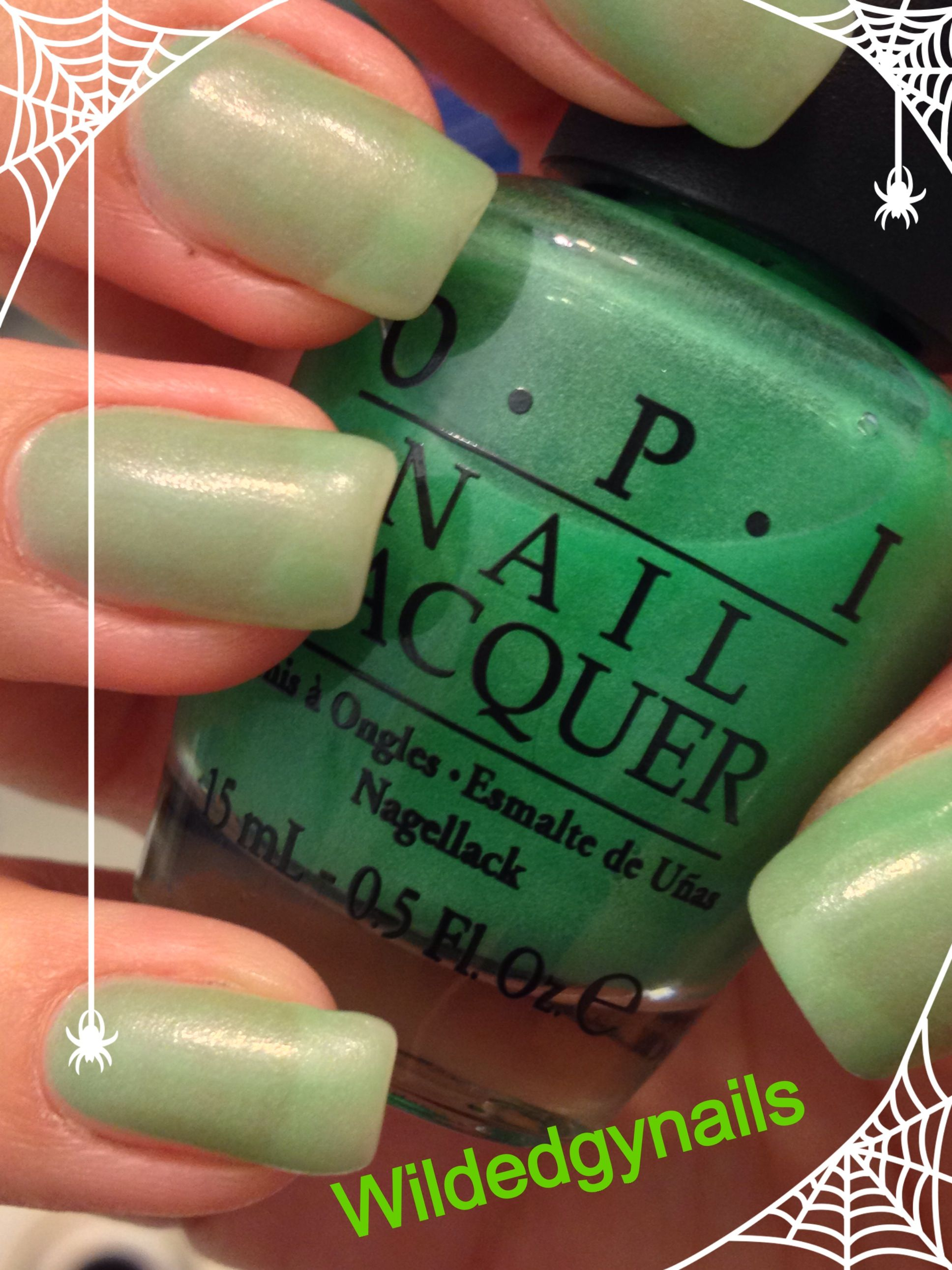 halloween nails Glow in the dark OPI polish zom-body to love | Nails ...