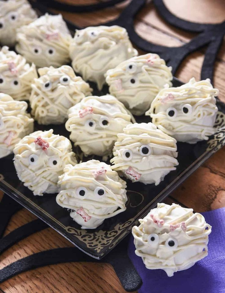 Mummy Halloween Truffles Recipe Halloween Recipes, Crafts   Halloween Bun  Decorations