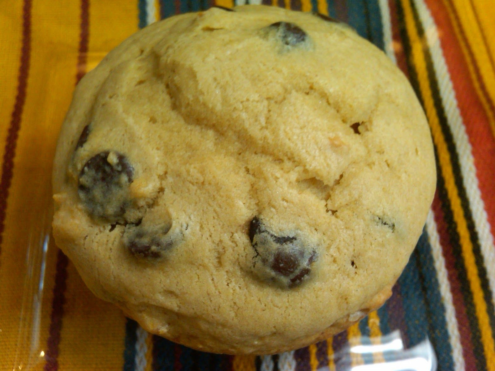 Chunky Peanut Butter & Dark Chocolate Muffins...