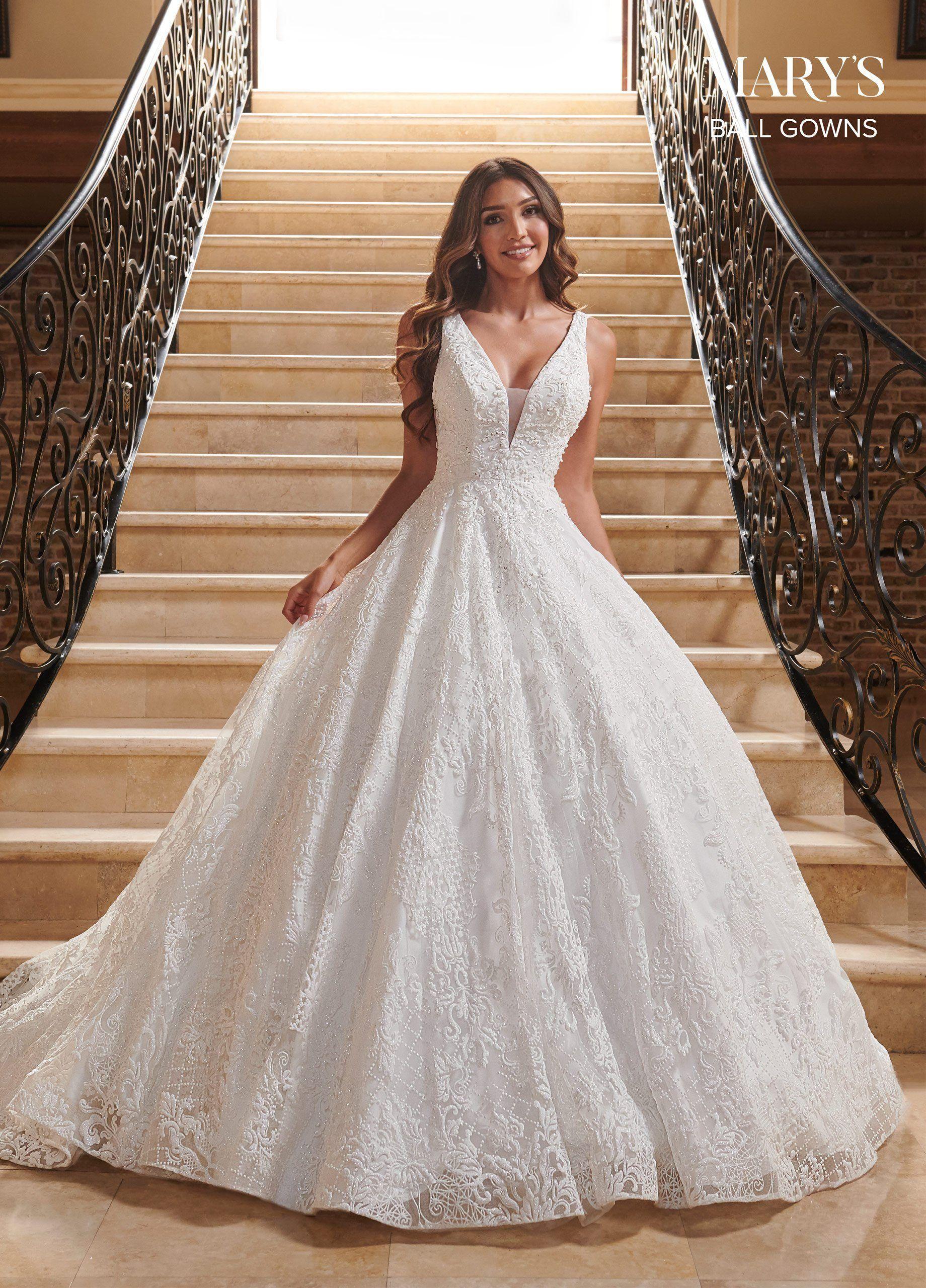 Robe de bal de mariage à paillettes et col en V par Mary's Bridal MB6079 – 18 / Ivoire   – Products