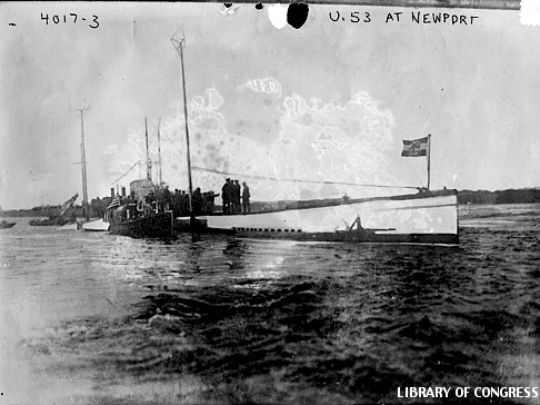 Photo of German Submarine U-53 in the Harbor at Newport, Rhode Island, on October 7, 1916 (Library of Congress, Prints and Photographs Division)