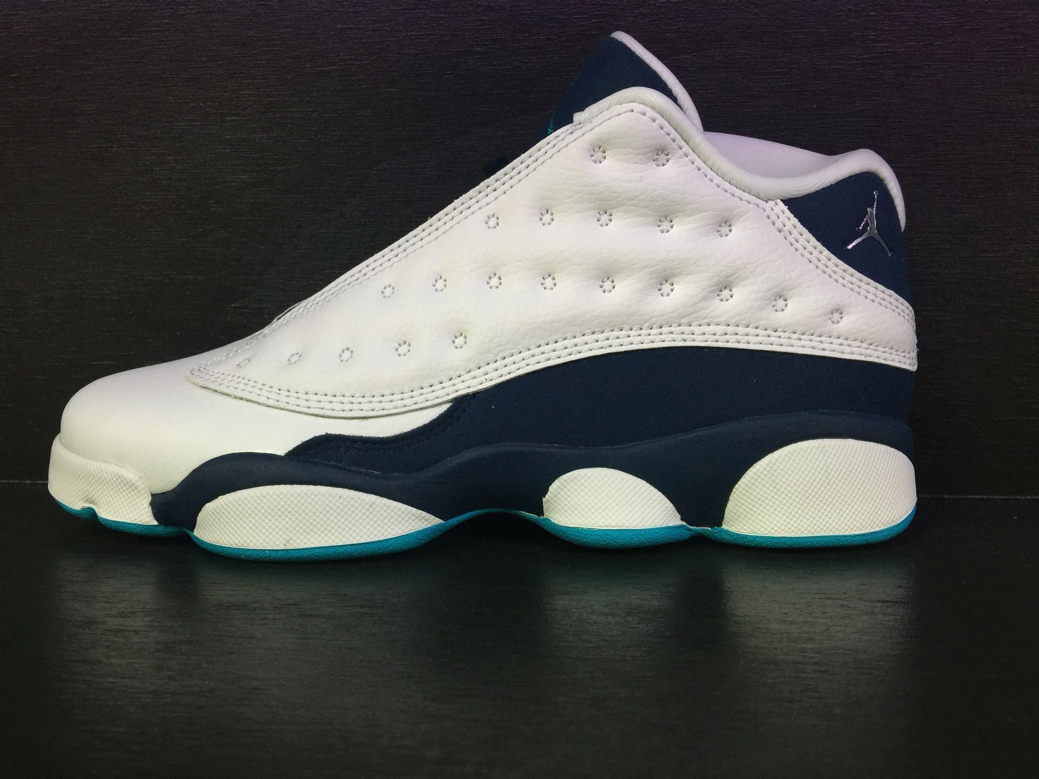 low priced ab32b 53ec3 Air Jordan 13 Retro Low  Hornets  Grade School