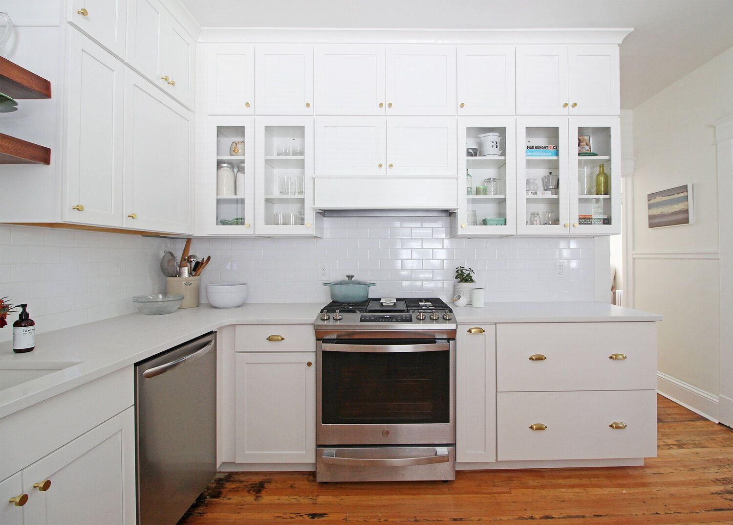 Bellevue Bungalow Kitchen Before After In 2020 Bungalow Kitchen White Shaker Kitchen Kitchen Renovation