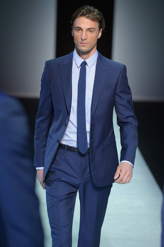 Giorgio Armani Men's RTW Spring 2014 | Spring, Suits and Blue suits