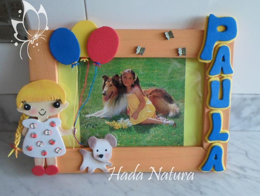 Marco de fotos decorado con goma eva: http://hadanatura.blogspot.com ...