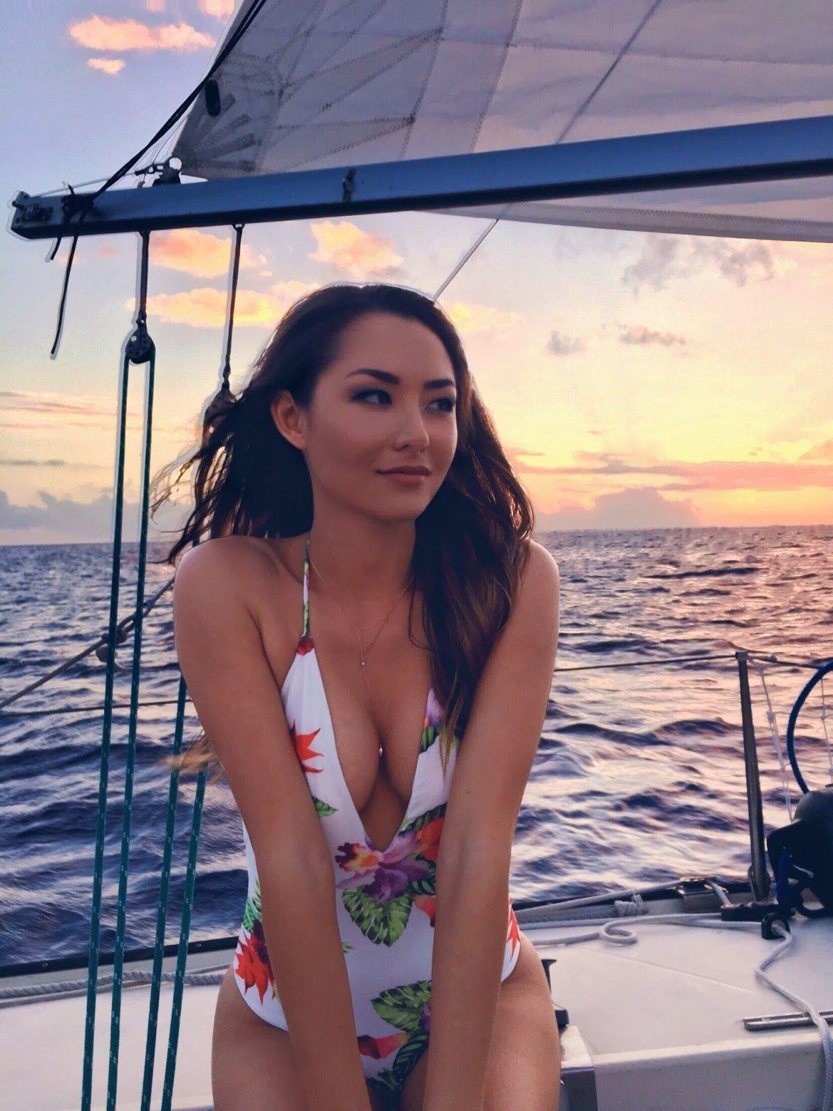 Gorgeous sexy hawaiian girl bikini Pin On Dsssr J
