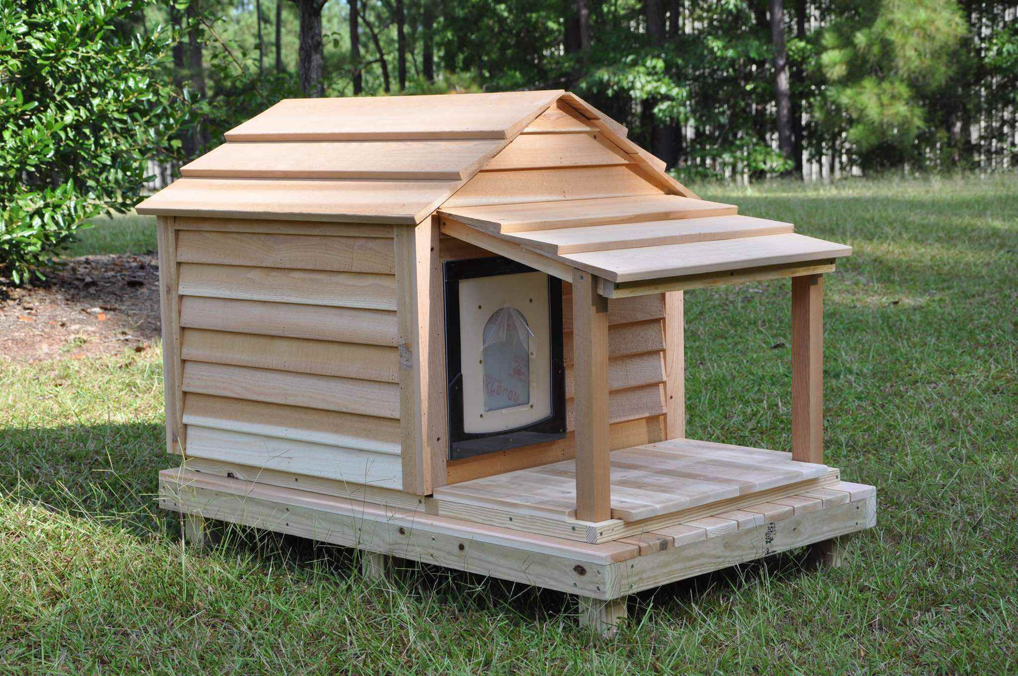 Medium Dog House Custom Cedar Dog House Outdoor Dog House Dog House Diy Outdoor Dog
