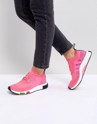 adidas originali nmd racer in neon rosa, se la scarpa
