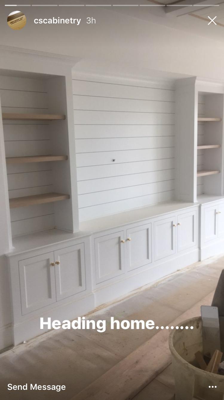 shiplap bookshelves selber bauen pinterest selber bauen wohnzimmer und spielzimmer. Black Bedroom Furniture Sets. Home Design Ideas