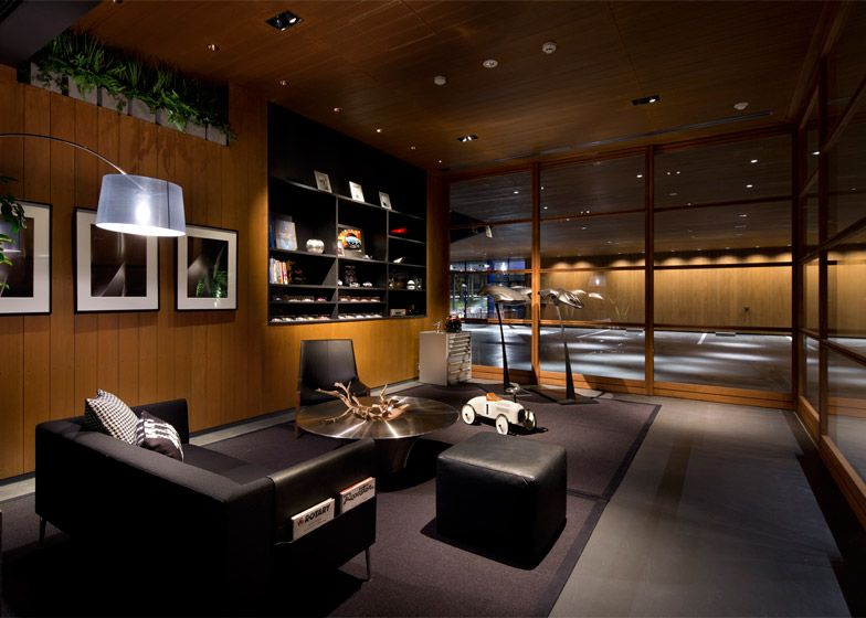 Suppose Design Office Completes Car Showroom For Mazda Vip