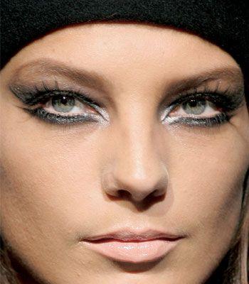 maquillaje para ojos grandes y verdes