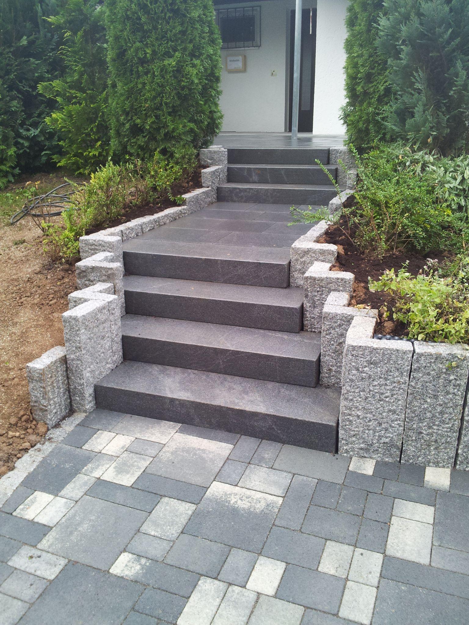 Mauern treppen garten marohn binder gartengestaltung for Gartengestaltung stuttgart