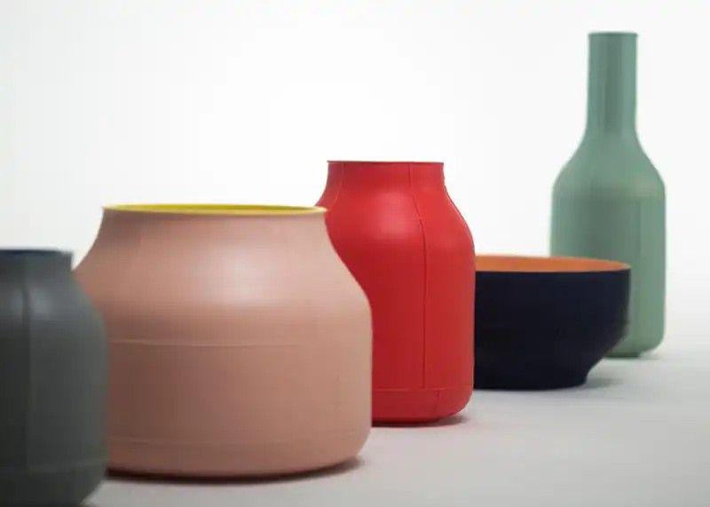 Seams A Ceramic Collection By Benjamin Hubert Ltd For Bitossi Ceramiche Seams Ceramic Benjaminhuber Unique Ceramics Traditional Ceramics Ceramic Tableware