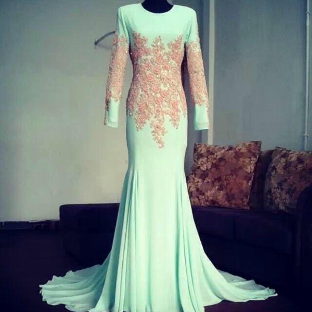 Simple dresses for tunang