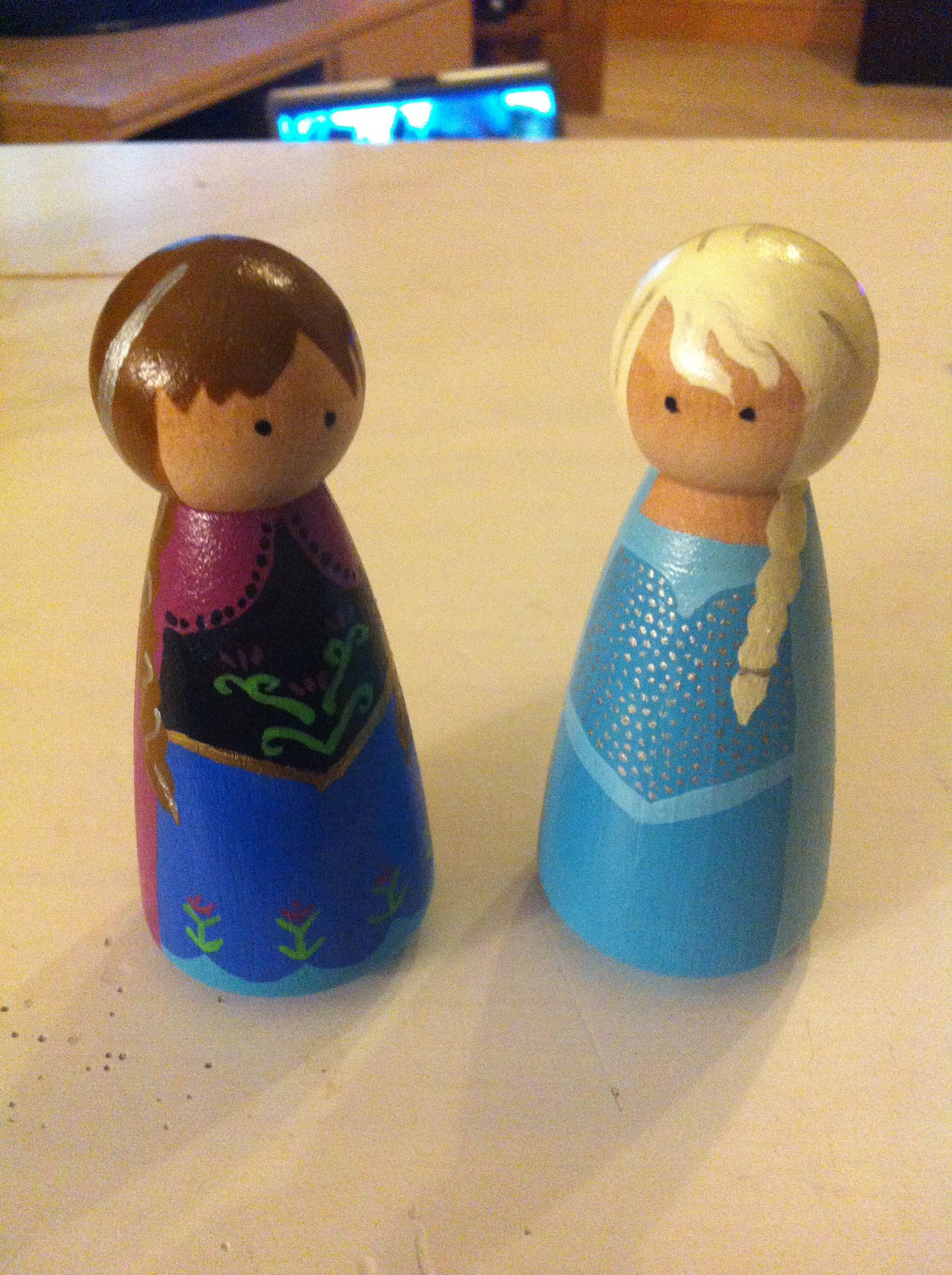 Princess Elsa And Princess Anna Peg Dolls From Disney S