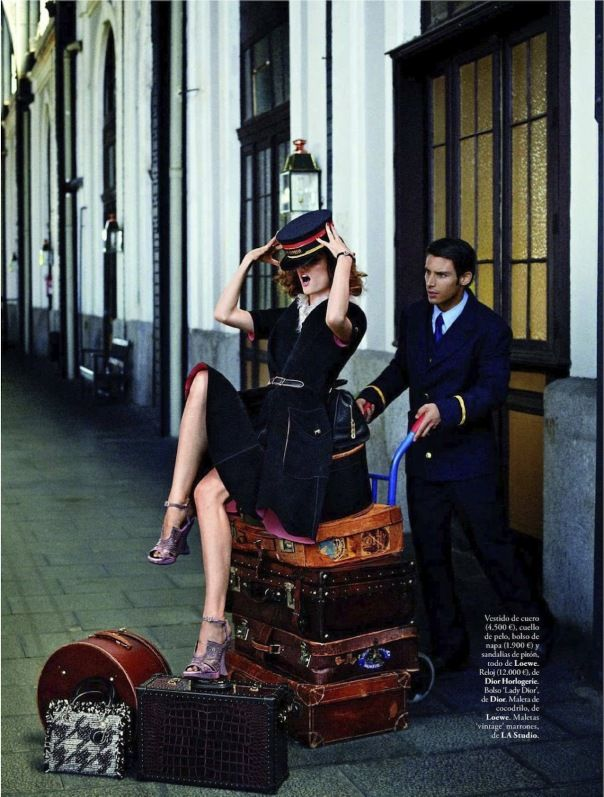 Dior dress, Loewe purses, luggage and shoes..perfect...and one purse is dior...  'Viaje al Pasado'