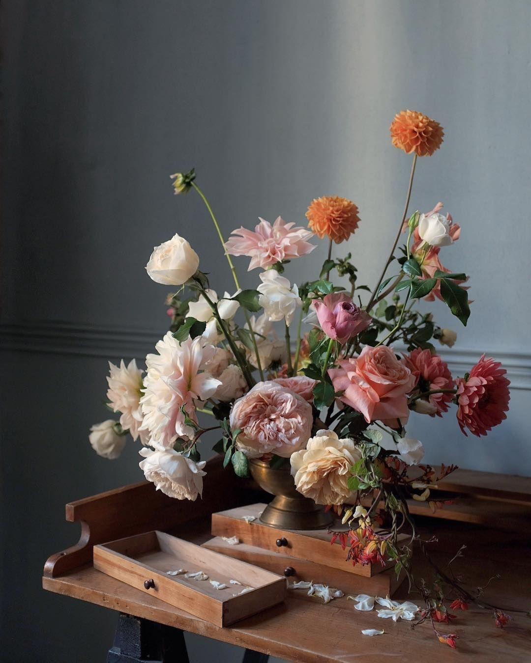 Kwiatyimiut Kwiatysapiekne Pieknokwiatowprzemija Flowersarebeautiful Kwiatyimiut Farma Flower Arrangements Amazing Flowers Floral Wreath