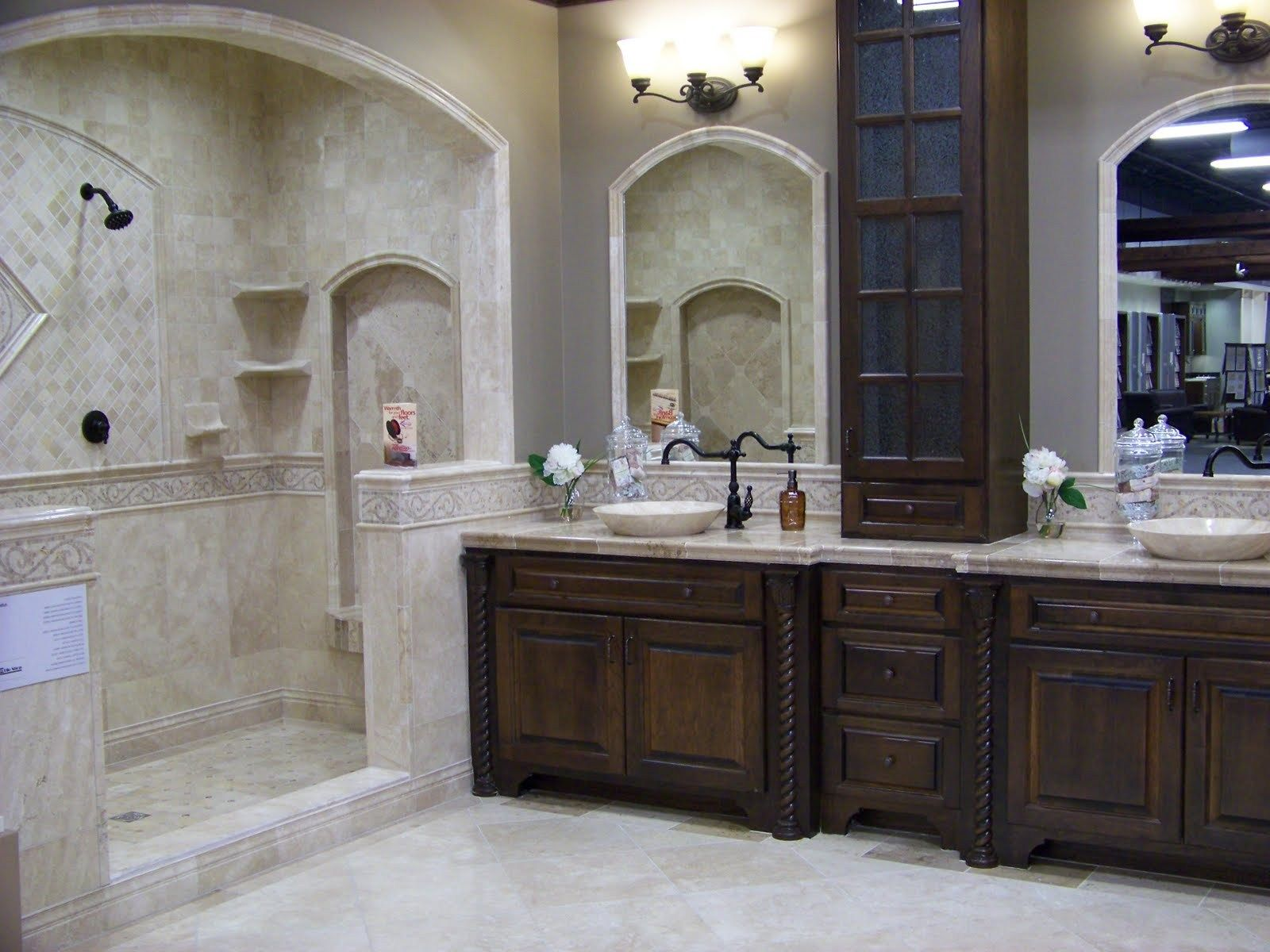 Country Master Bathroom Ideas Small Master Bathroom Bathroom Inspiration Small Bathroom Tiles