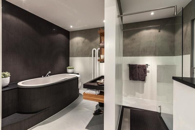 Personal Living badkamer met Balance wastafel en douche, gietvloer ...