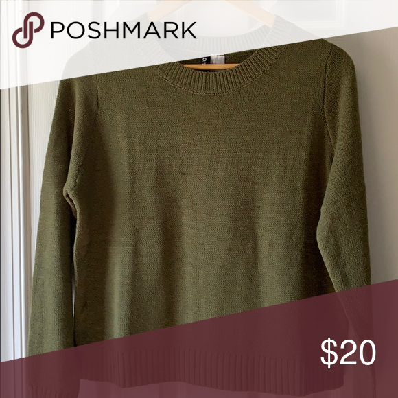 1392e011e0 H&M Green sweater H&M divided brand dark green Basic pullover sweater  Women's size Small Crew neck Cropped fits at pant line Lightweight New with  tags H&M ...