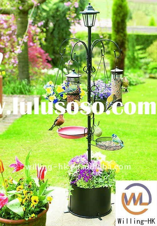 Lamp Post With Planter Base Bird Feeding Station With Solar Light
