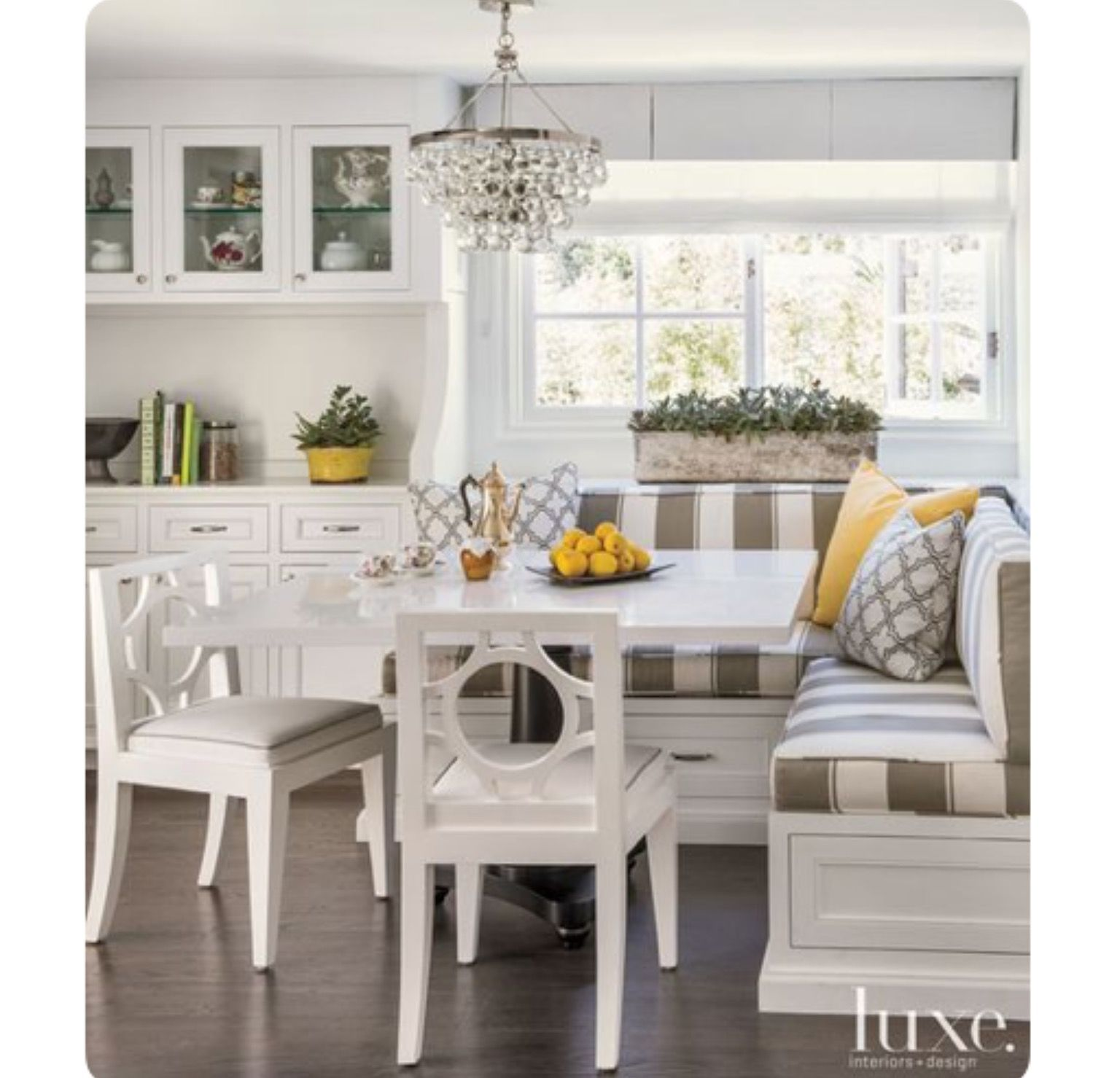 Idea by Patricia Cohn on Family room | Kitchen booths ...