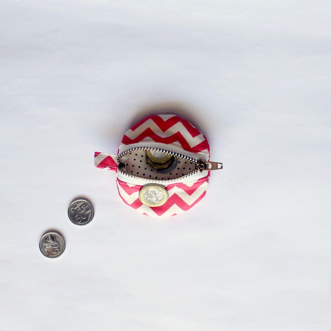 """DIY """"macaroon"""" coin pouch"""