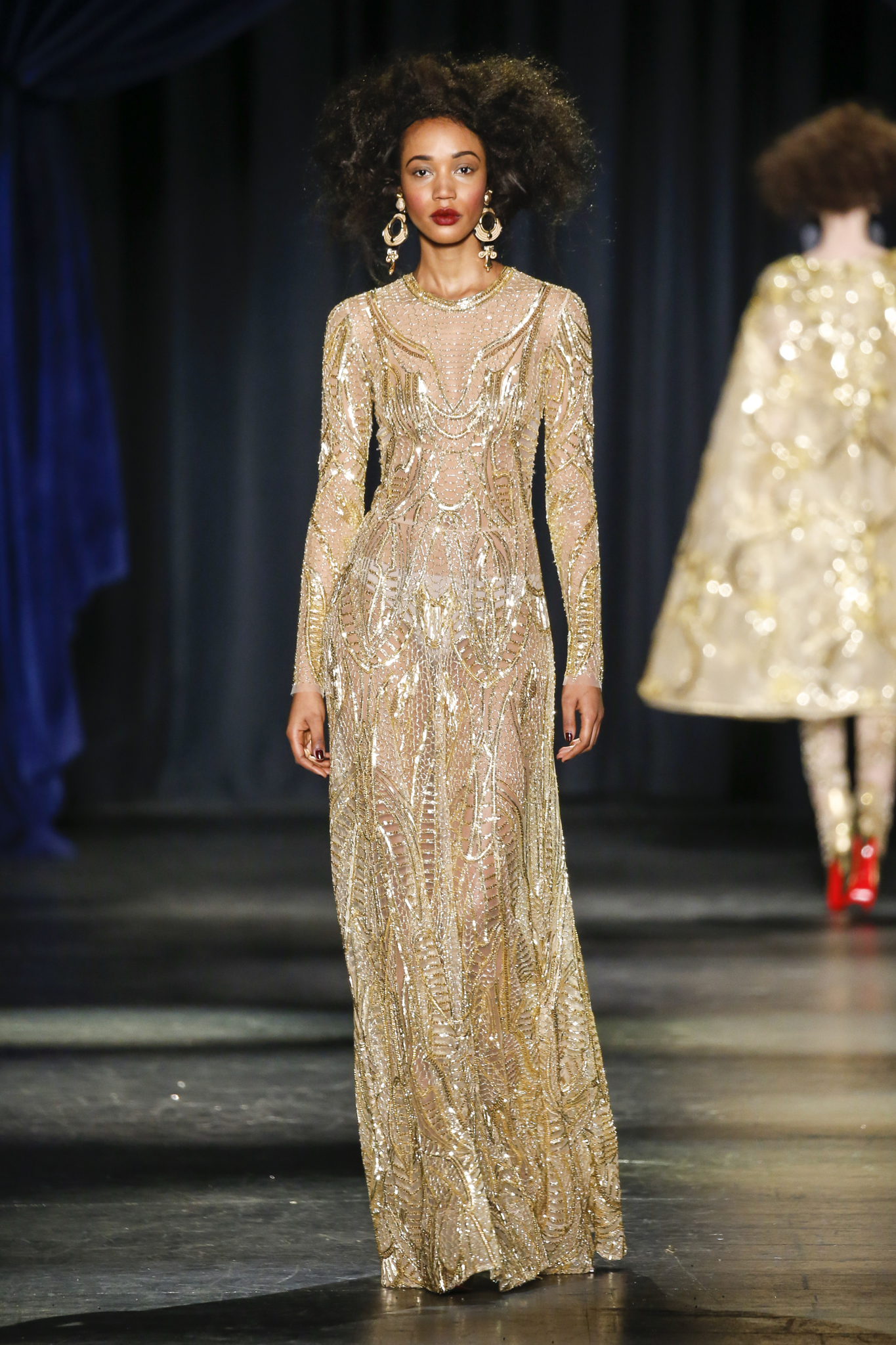 Naeem Khan Gold Hand Beaded Long Sleeve Round Neck Loose Fit A Line Skirt Gown 17 990 Custom Full Lining Annual Diplomatic Reception