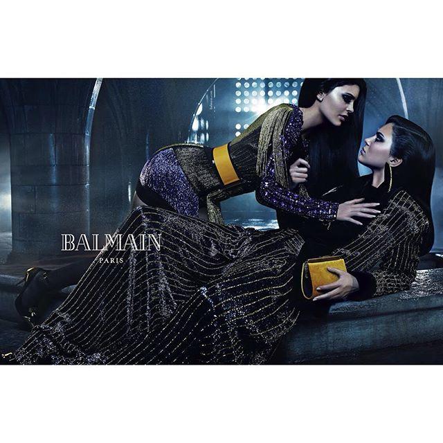 Kendall és Kylie Jenner a Balmain 2015FW kampányában
