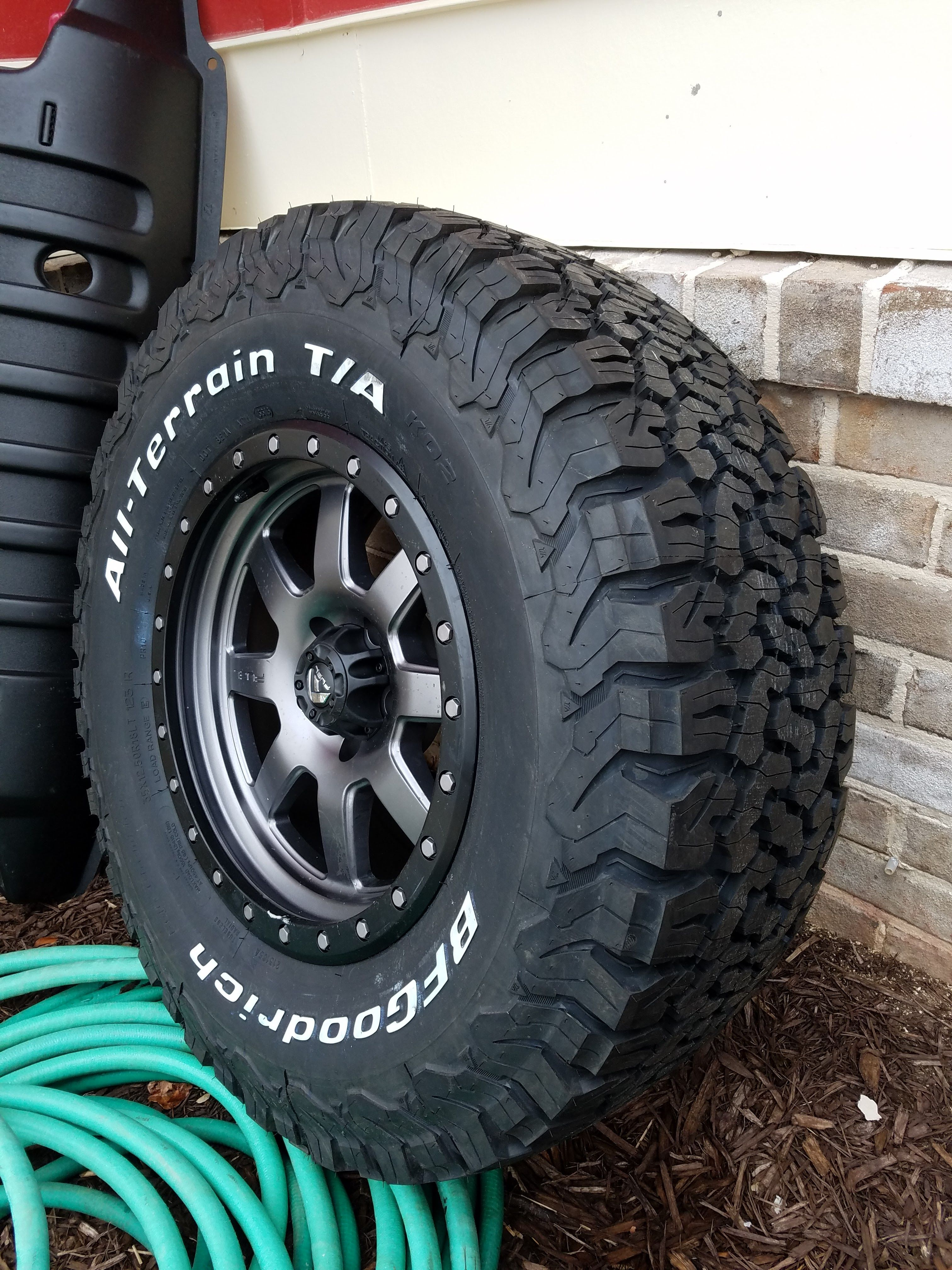 2016 Toyota Tacoma Lifted >> 18 x 9 Fuel Trophy Wheels, 35x12.50x18 BFG KO2 Tires | Jeep Board | Pinterest | Tired, Wheels ...