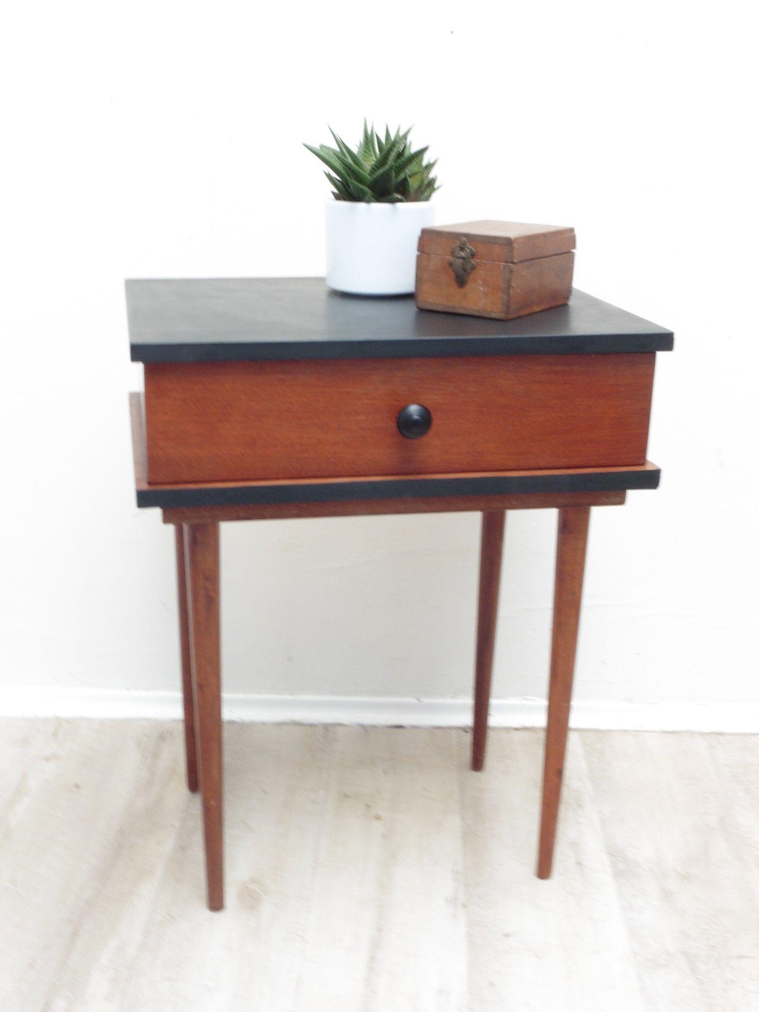 Chevet Pieds Fuseaux D Occasion Vintage Design Scandinave Industriel Ancien Vendu Sur Table De Chevet Vintage Table De Chevet Design Relooking De Mobilier