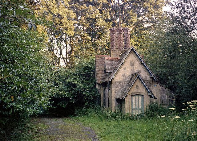 Forgedinmetal666 Theowlandthekey Witches Cottage Oh To Be A