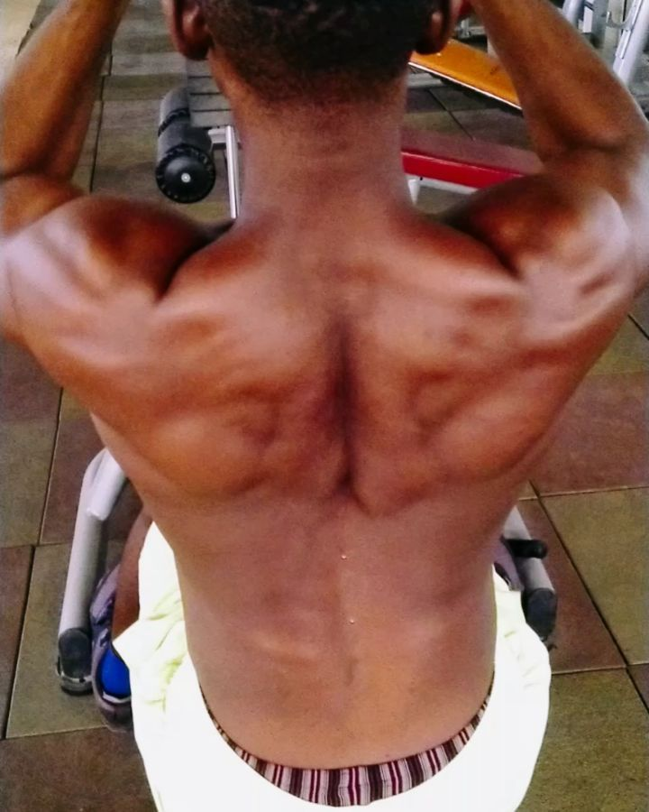How did you take Monday? 'Back to work' or 'take it back'? . . Back day Finisher. . . High and low a...