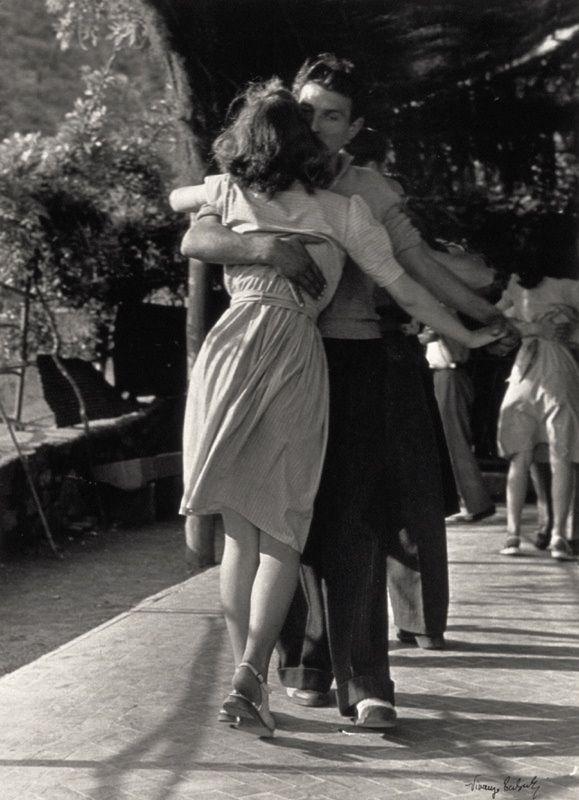 1947 | vintage 1940s dancing couple | 40s love